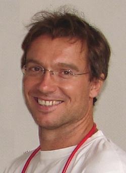 Dr. Grubmüller Robert